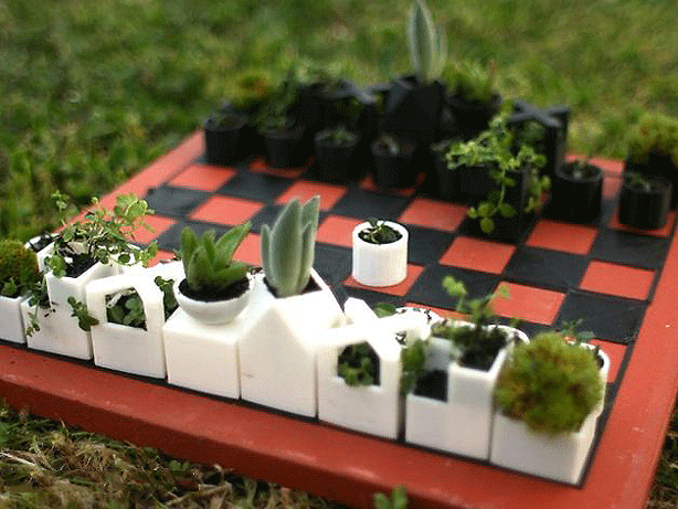 3D print designers at XYZ Workshop make micro-planter chess set