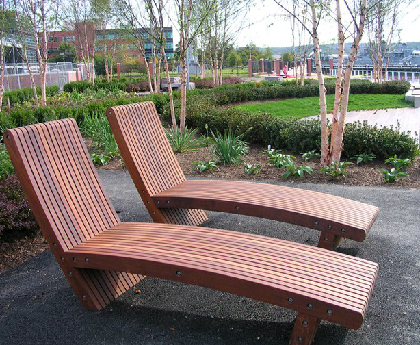 slatted-chaises-yards-park