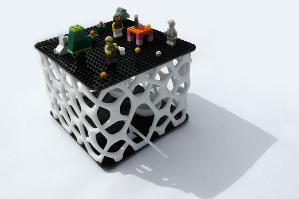 SHAU_3D-printed_Bird-house_with-legos_urbangardensweb