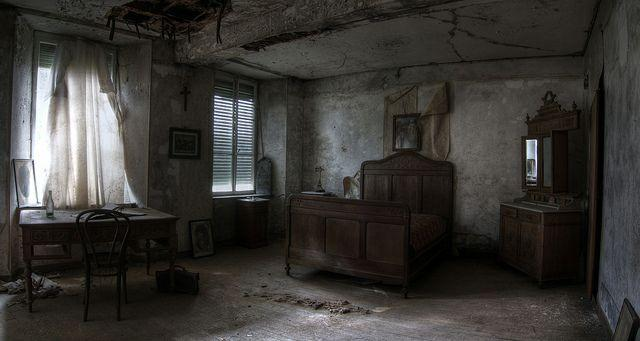 3d Wallpaper For Master Bedroom 20 Spectacular Abandoned Mansions Of The World Urban Ghosts