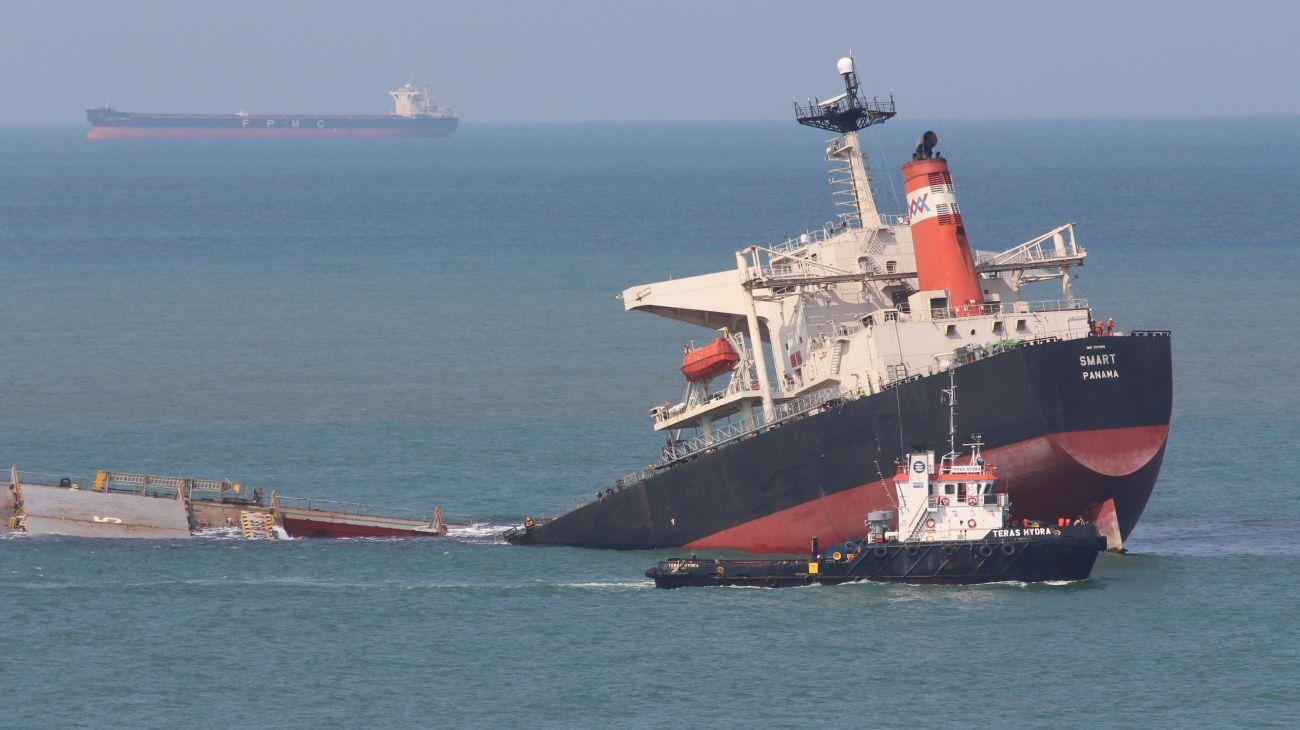 10 Sunken Supertankers Shipwrecked Bulk Carriers Urban