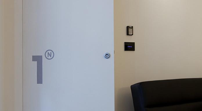 Urben- room1_porta