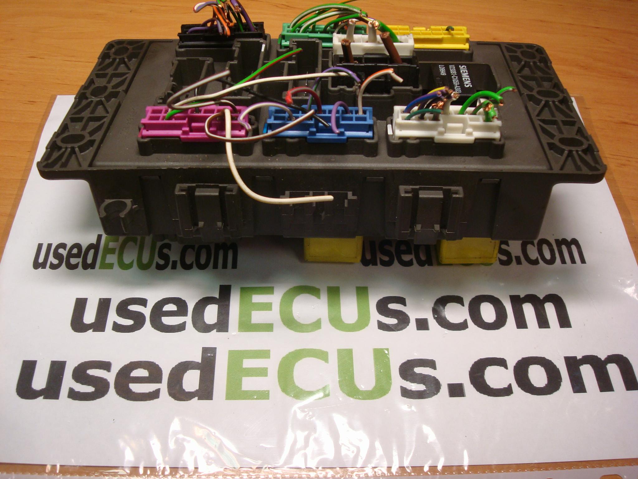 fuse box in rover 75
