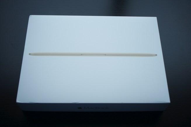 MacBookの外箱
