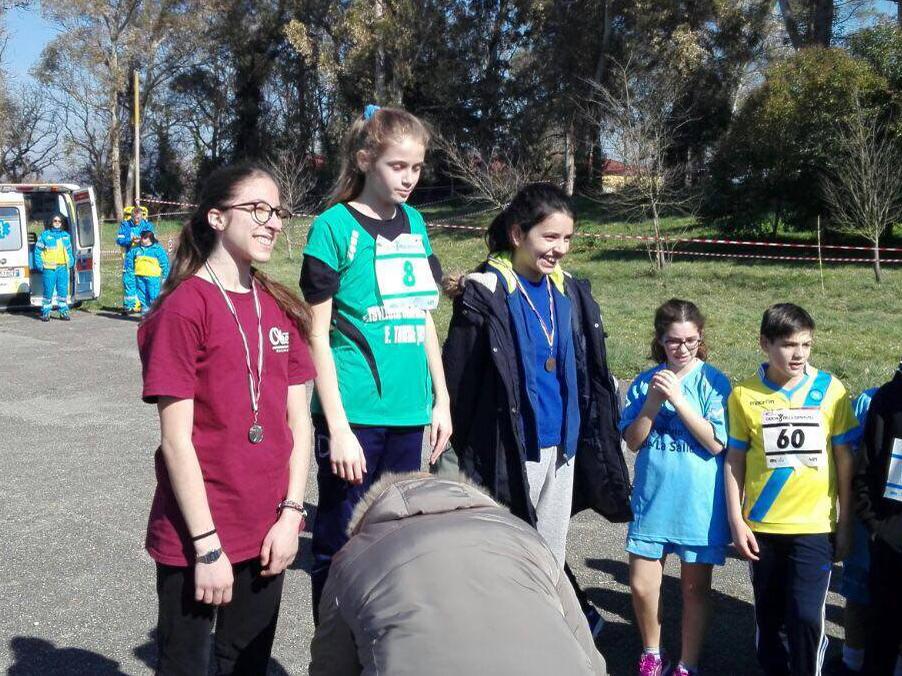 Montesarchio | La studentessa Martina Corrado vince la medaglia d'argento ai campionati provinciali studenteschi