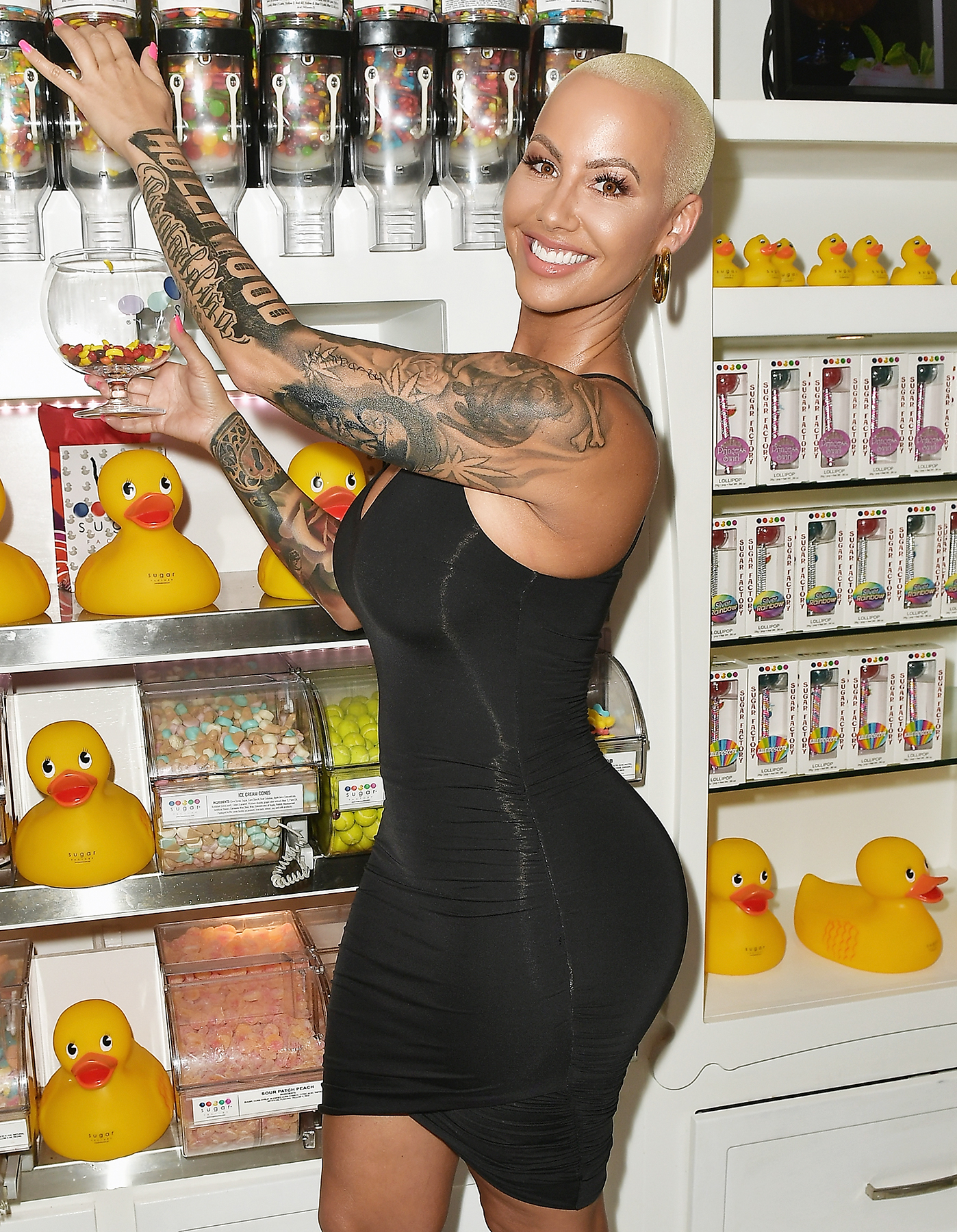 Amber Rose Covers Up Tattoo of Ex Wiz Khalifa with Another Man'sFace forecasting