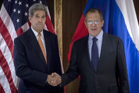 Kerry Meets With Russian Counterpart
