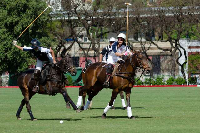 USA's Winston Painter races to the ball at full speed during the polo showcase on Palermo's Field 1.