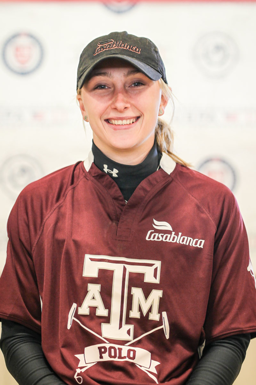 Lara Straussfeld a former Texas A&M Women's Intercollegiate player accepted a full-time position at Vertical Bridge as a Junior Financial Analyst in Mergers & Acquisitions.