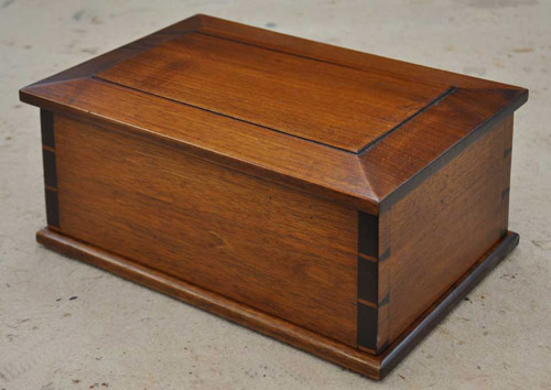 100 Of The World39s Most Beautiful Wood Cremation Urns
