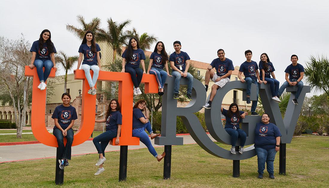 Club Spotlight Volunteers Around the World UTRGV
