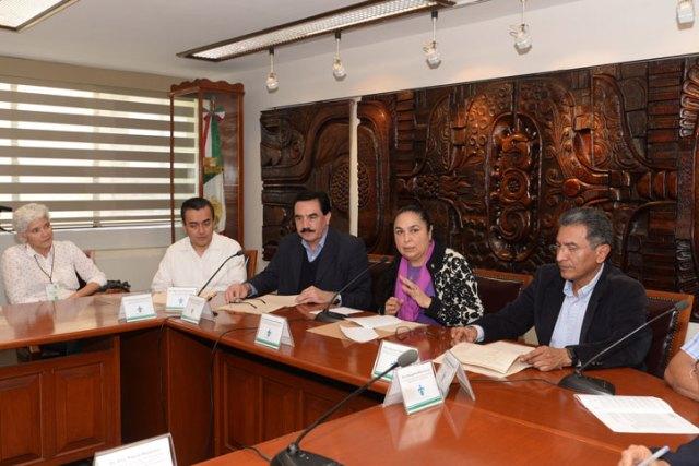 La rectora Sara Ladrón de Guevara recibió a los integrantes de la Coordinación Universitaria para la Sustentabilidad