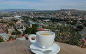 Bir kahve fincanı gibisin Tiflis... 1