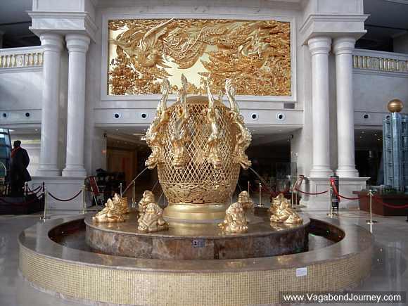 longxi-hotel-gold