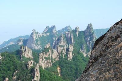 the mountains in Sokcho South Korea
