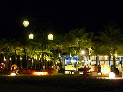 Boracay White Beach ccImage by Jbeaulieau on Flickr