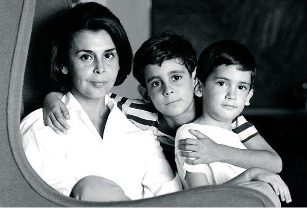 Flor de carne reflexiones sobre ejercicios materiales for Blanca romero y sus hijos