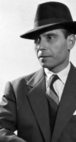 El poeta Basilio Fernández en su juventud