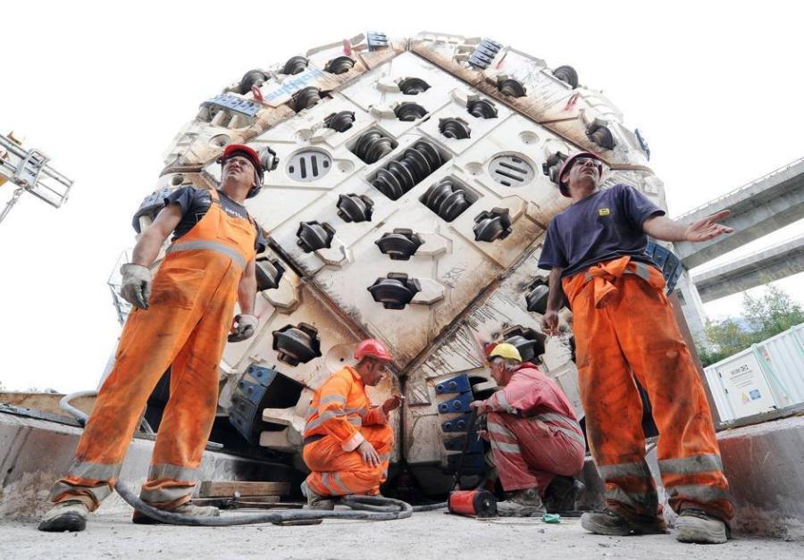 Tav:talpa imbocca galleria Chiomonte, proseguirà scavo