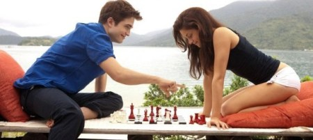 breaking-dawn-part-i-stills-more-of-edward-bella-s-cozy-honeymoon