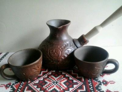 набор турка и 2 чашки резной