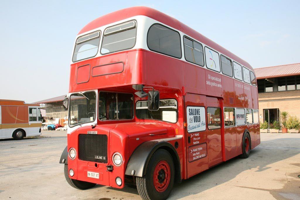 Vector Group English Double Decker Buses