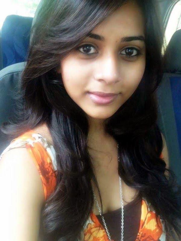 Cute Punjabi Girl Wallpaper Download Suza Kumar Cute Selfie Posted On Facebook Veethi