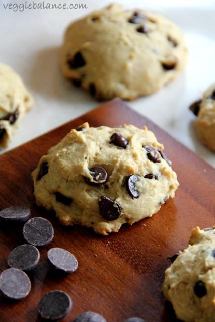 Skinny Chocolate Chip Cookies (Low Carb, Vegan, Gluten Free) - free fact sheet