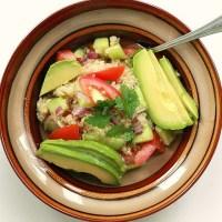 Ensalada con Quinoa y Aguacate