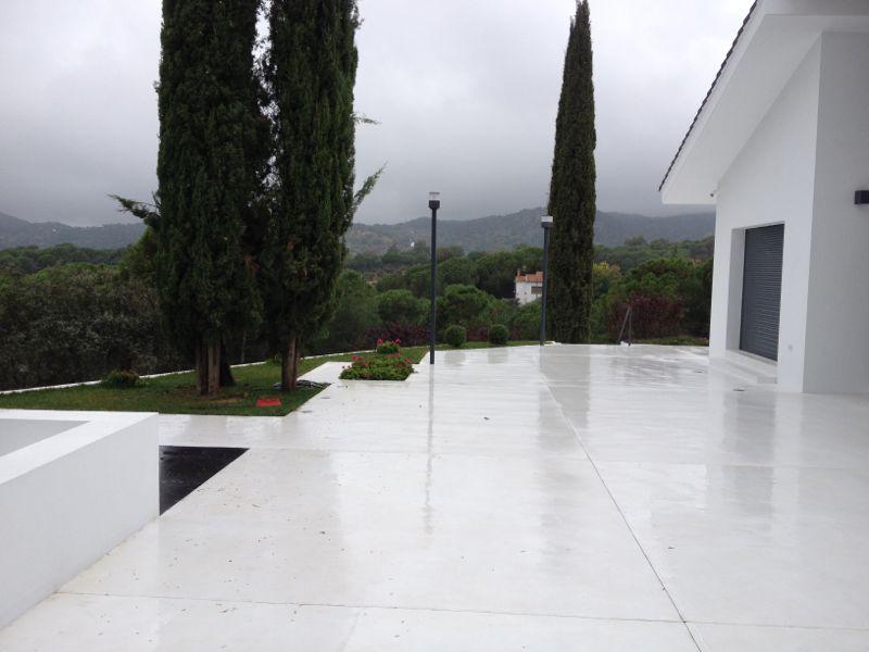 Terrasse beton ciré - veranda-styledeviefr - Faire Une Terrasse En Beton Cire