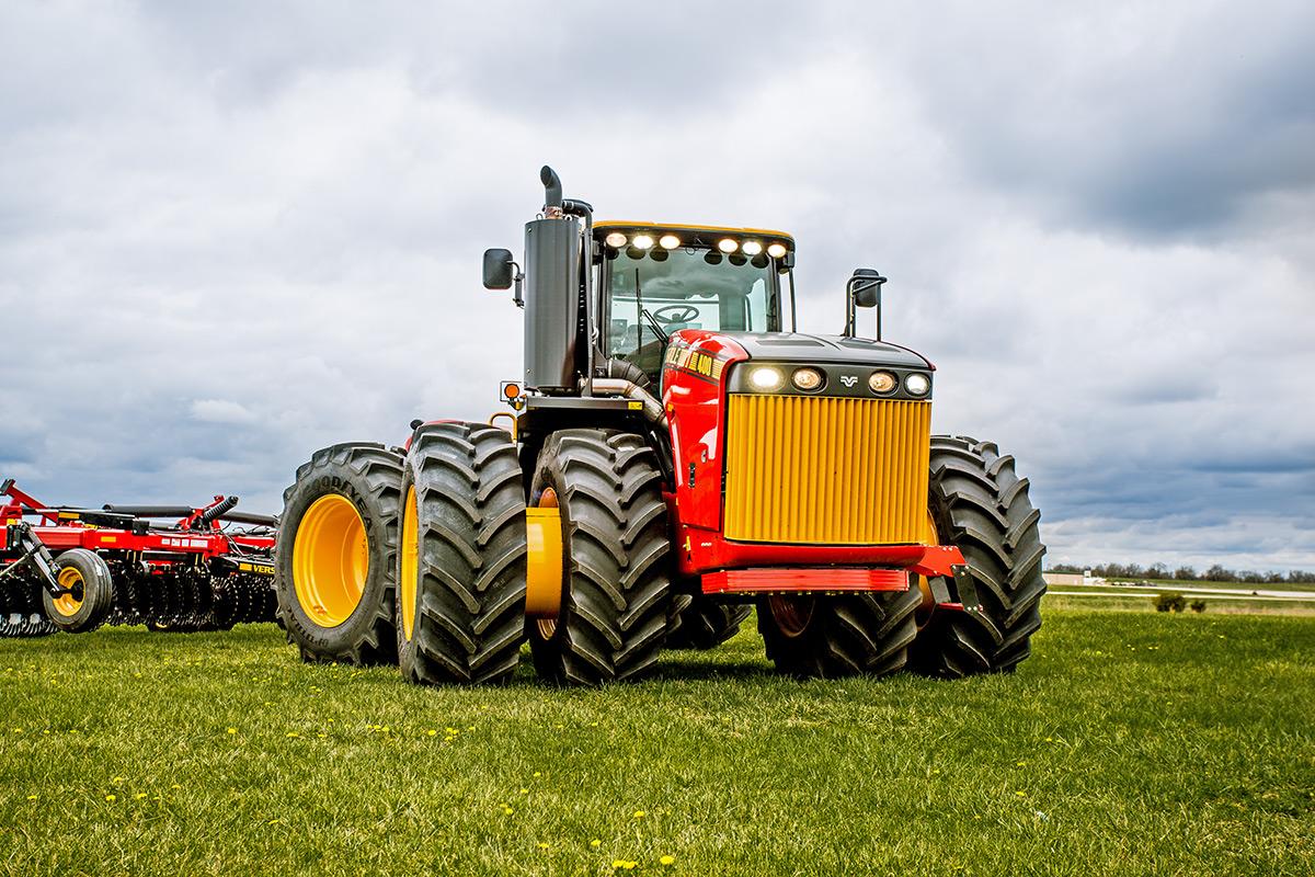 Versatile 4wd Tractors