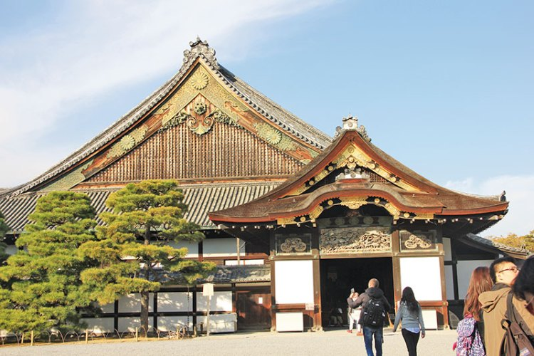 Nijō-jo Castle, the home of the Tokugawa shoguns, Kyoto