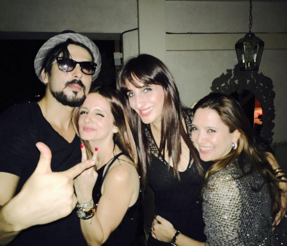 Sussanne Khan, Farah Khan Ali party it up with Zayed Khan and wife Malaika