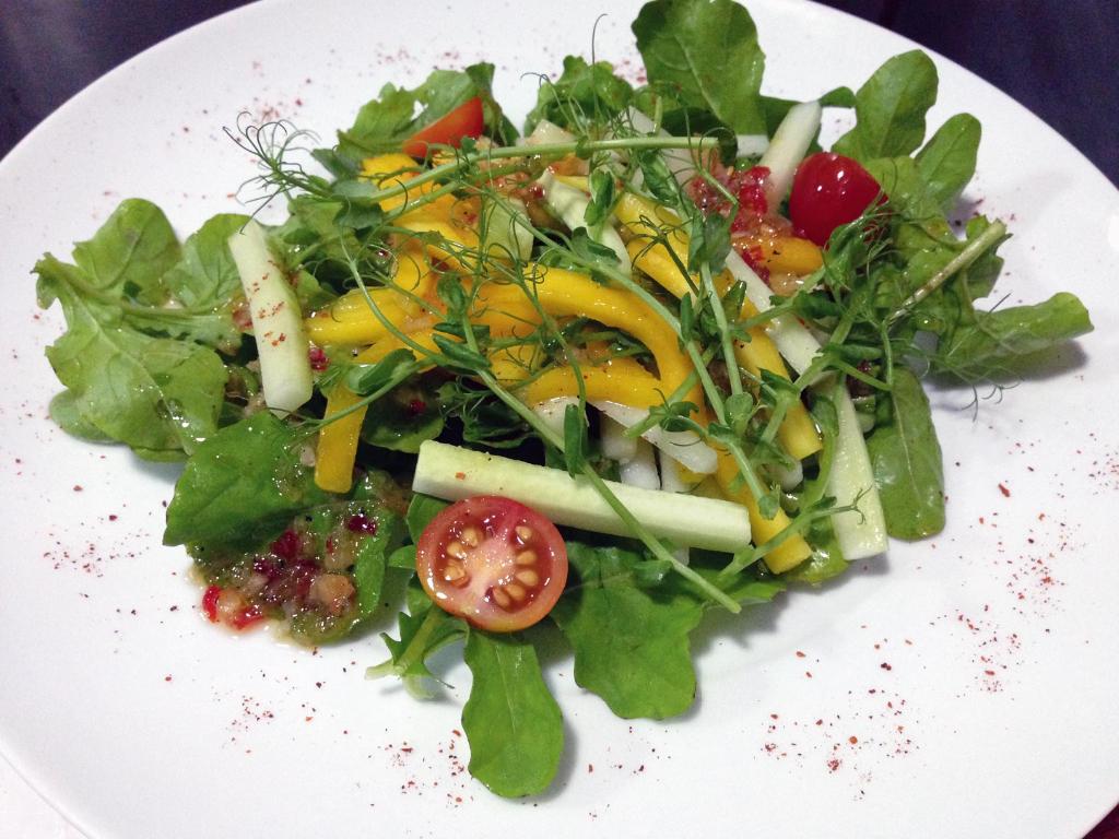 Mango-&-Pea-Shoot-Salad-