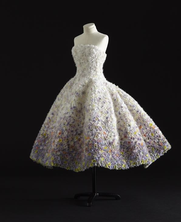 MISS DIOR – POINTILLISTE DRESS HC AW 2012