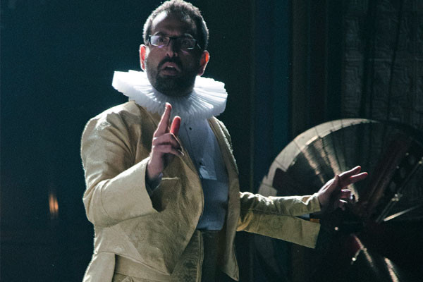 Sorab Wadia in The Tempest, Parmesh's Viewfinder