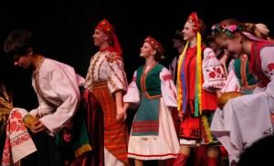 Costumes of ukrainian dance