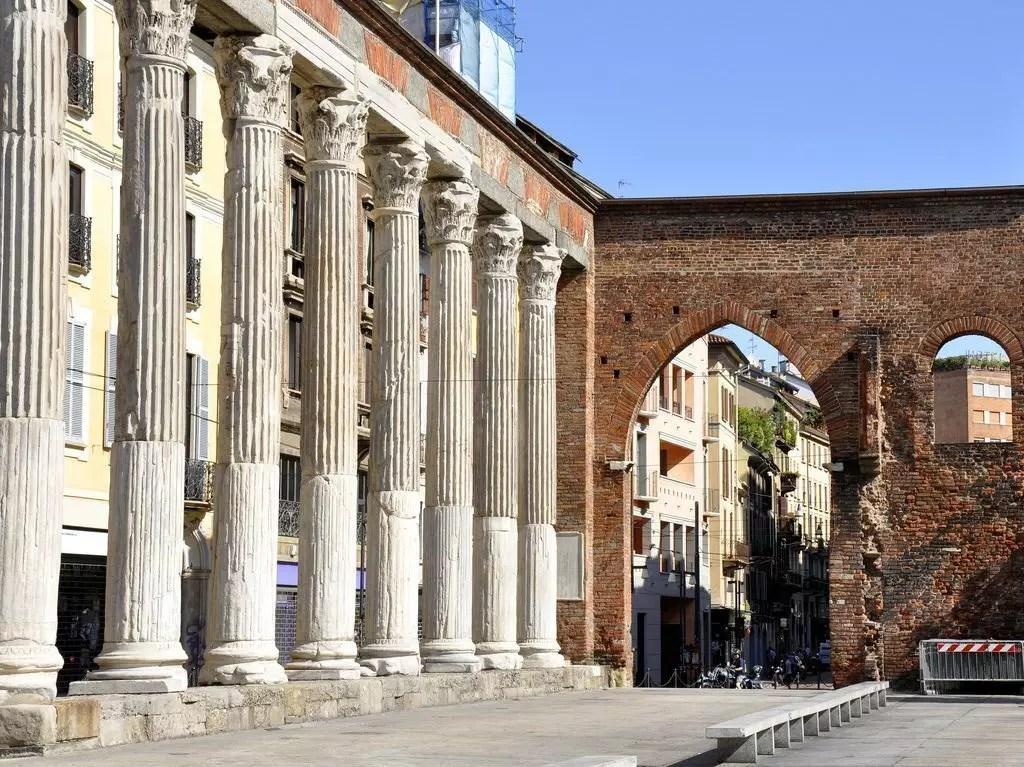 Milano cosa vedere le colonne di san lorenzo for Come costruire colonne in stile artigiano