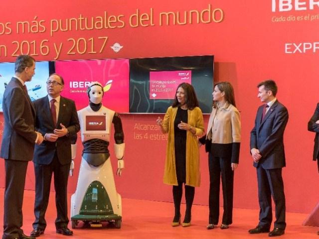 Iberia estrena en Fitur su stand más tecnológico