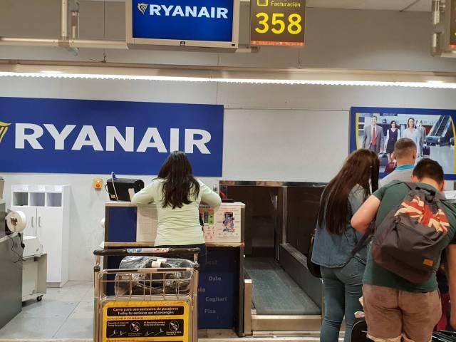 Ryanair cancela el 12% de los 2.400 vuelos diarios que operará en Europa el 25 y 26 de julio