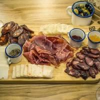 Restaurantes e bares novos para conhecer no Porto e em Lisboa