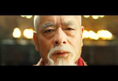 Johnny English Returns Trailer en español HD