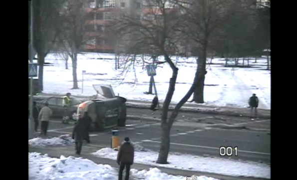 ET-accident-spectaculaire-d-une-voiture-de-police