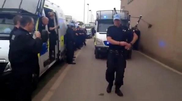 ET-la-police-du-hampshire-quitte-l-otan-avec-classe