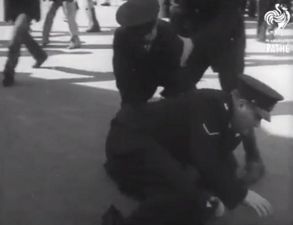 ET-le-centenaire-de-la-police-australienne-en-1962