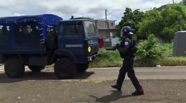 PN-policiers-et-gendarmes-en-operation-de-maintien-de-l-ordre-a-mayotte