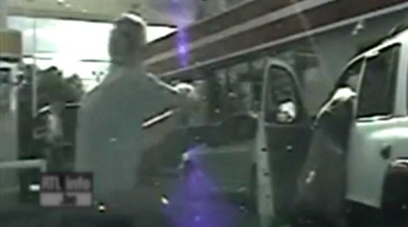 US-faute-grave-un-policier-tire-sans-raison-sur-un-automobiliste