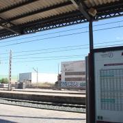Tallada la circulació de trens rodalia i de l'AVE per un atropellament prop de l'estació de Vila-real