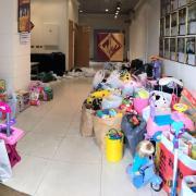 La Comissió de Penyes i la Junta de Festes realitzen la 8a campanya del joguet solidari