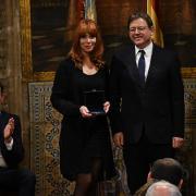 La pintora Paula Bonet rep la Distinció 9 d'Octubre al Mèrit Cultural de la Generalitat
